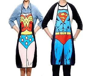 Delantal de cocina: Wonder Woman / Superman